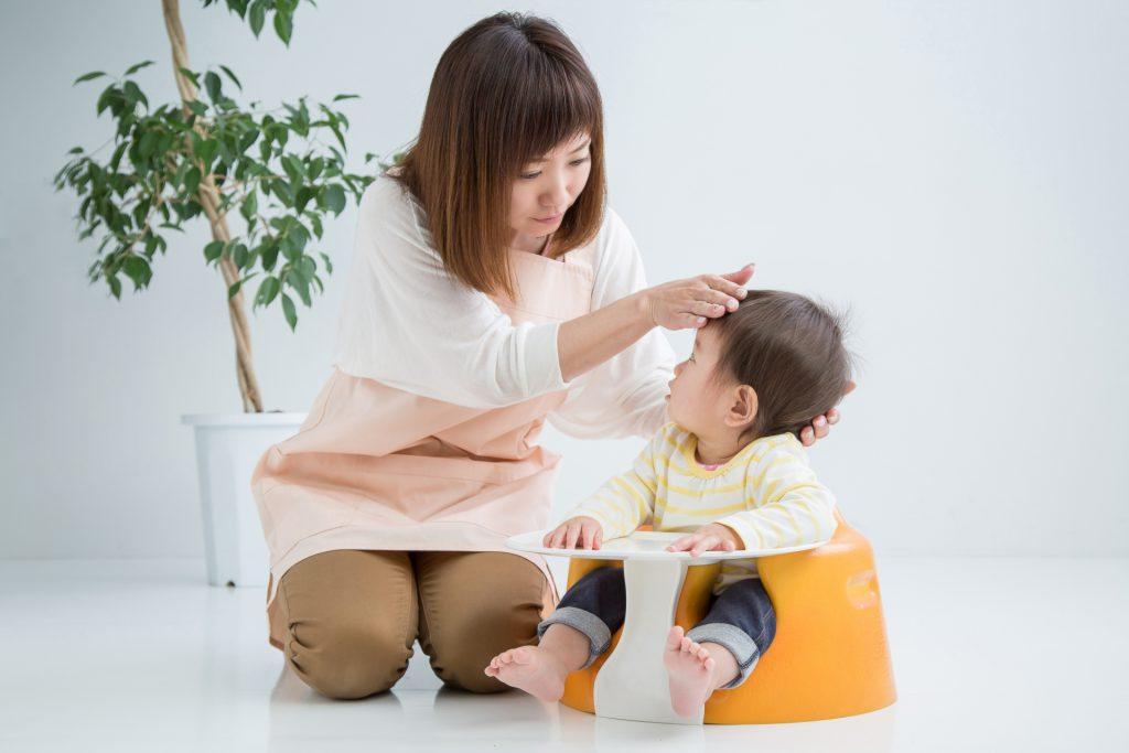 小さいお子さんたちの間で、夏かぜの一種「ヘルパンギーナ」の患者が急増しています。「手足口病」も今がシーズン。特効薬はありません。手洗いなど予防の基本を徹底